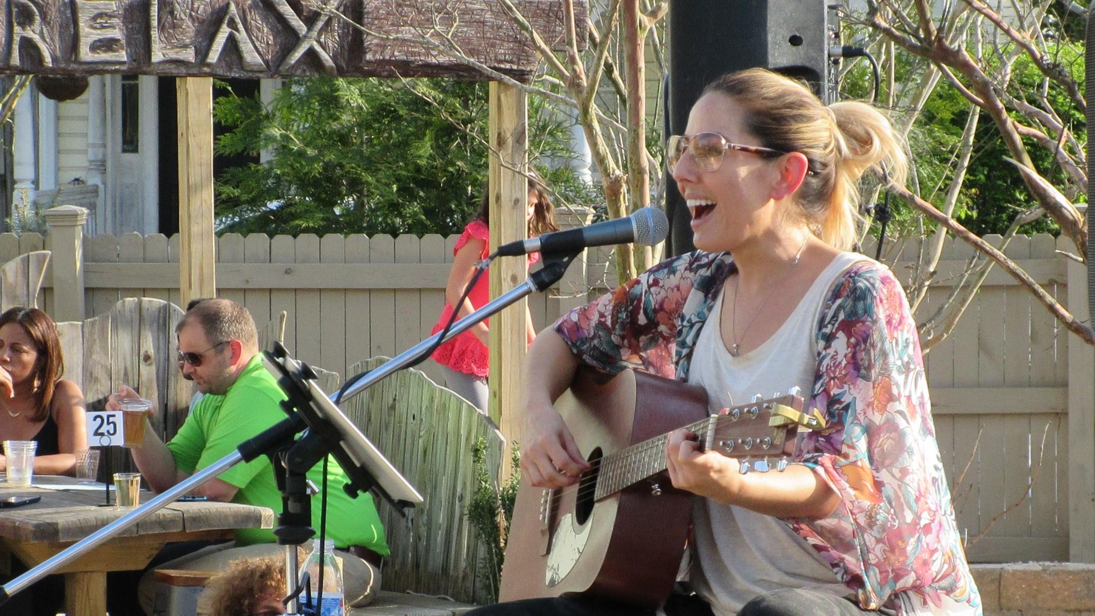 Acoustic Thursday w/ Laura Farrell